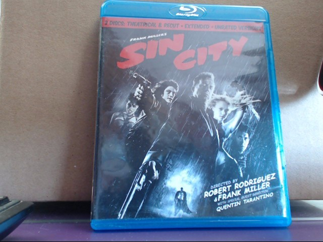 Blu-Ray SIN CITY 2 Disc: Theatrical & Recut, Extended & Unrated