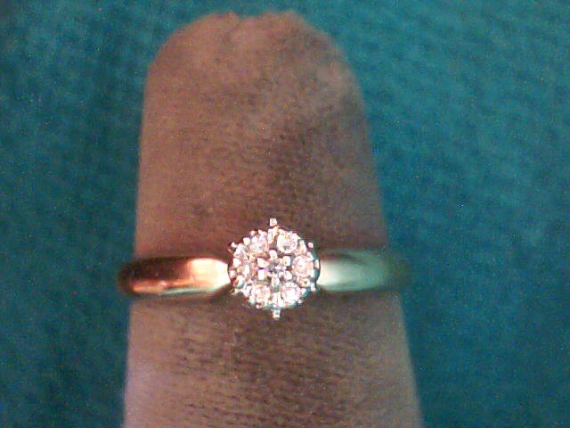 Lady's Diamond Cluster Ring 7 Diamonds .035 Carat T.W. 10K 2 Tone Gold 1.3dwt