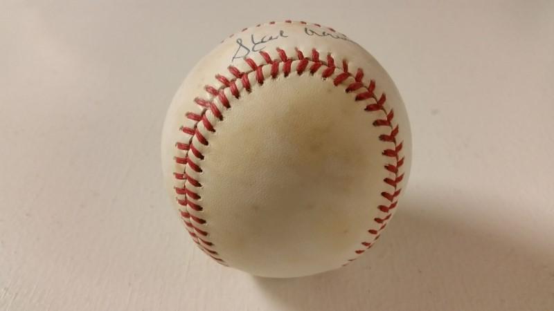 Hank Aaron Autographed National League Baseball (Small Sig) *NO COA*