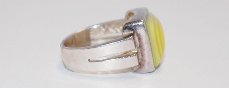 LADY'S SILVER & YELLOW STONE RING 925 Silver