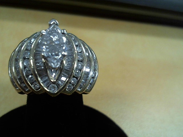 Lady's Diamond Cluster Ring 74 Diamonds 5.32 Carat T.W. 14K Yellow Gold 12.2g