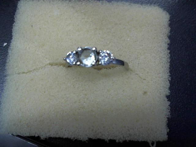 Lady's Gold Ring 10K White Gold 1.5g