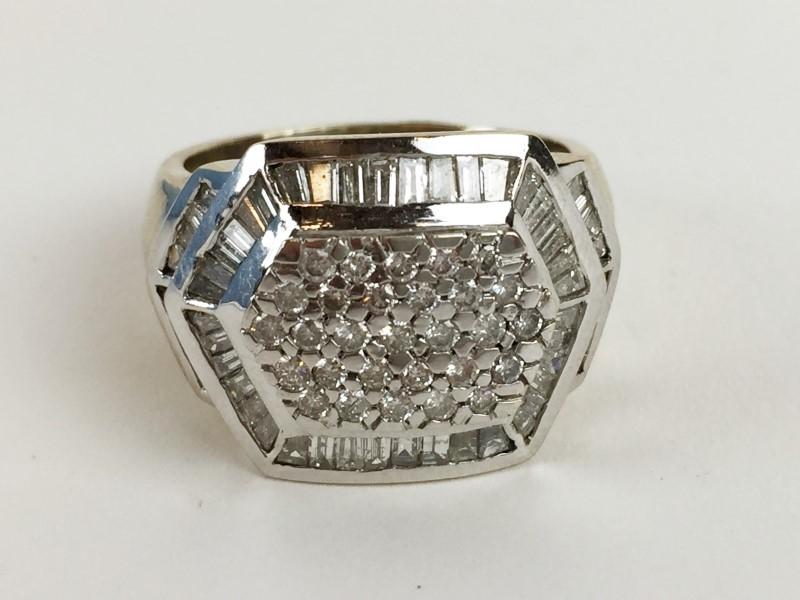 Diamond Multi Stone Ring w 118 Diamonds 2.98 Carat T.W. 18K White Gold 15.46g