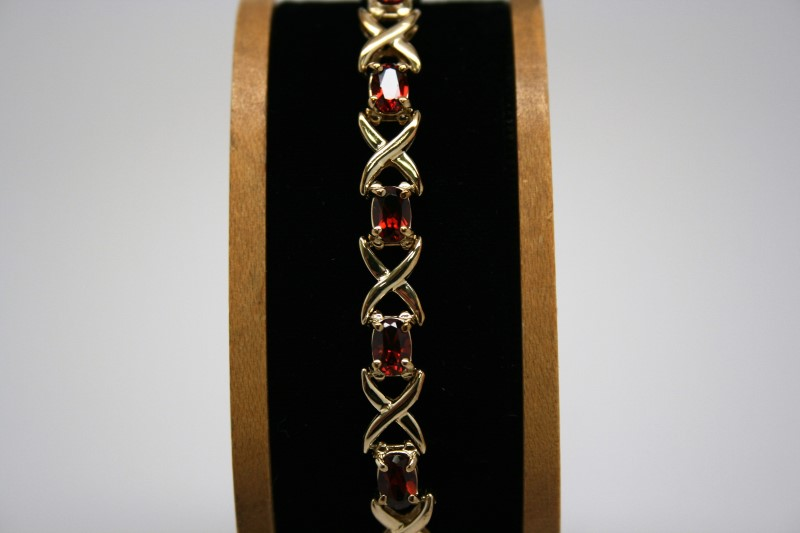 FASHION STYLE GARNET BRACELET 14K YELLOW GOLD