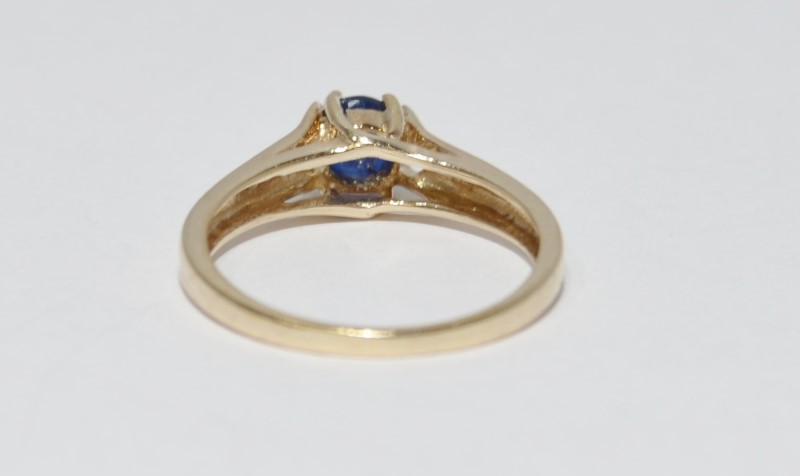 10K Yellow Gold Cathedral Set Vintage Inspired Round Sapphire Solitaire Ring sz6