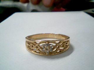 Lady's Diamond Cluster Ring 7 Diamonds .07 Carat T.W. 14K Yellow Gold 4.3g