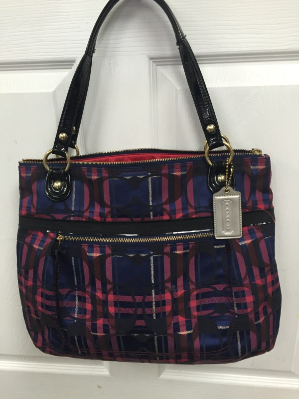 COACH HANDBAG LAURA SIGNATURE TARTAN