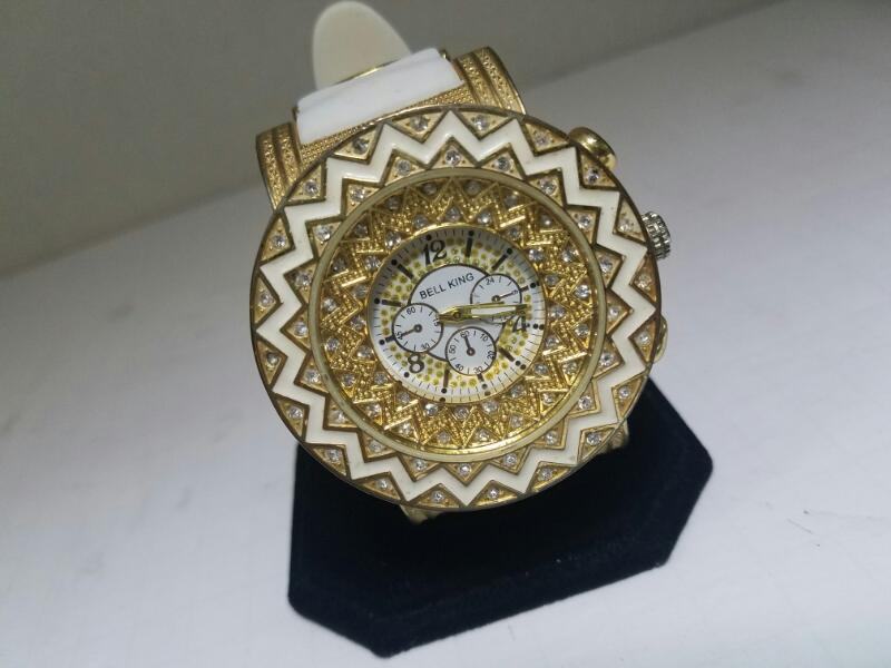 BELL NMNV GOLD/SILVER WATCH PLATED   KIN 87.400000000000