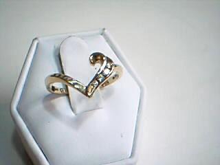 Gold-Diamond Scrap 5 Diamonds .15 Carat T.W. 14K Yellow Gold 2.6g