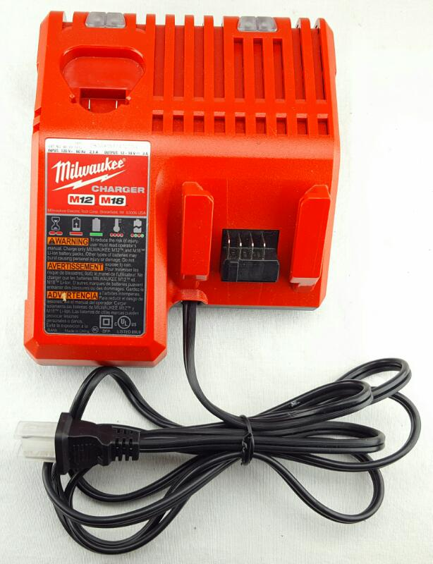 MILWAUKEE Charger M12 M18 CHARGER