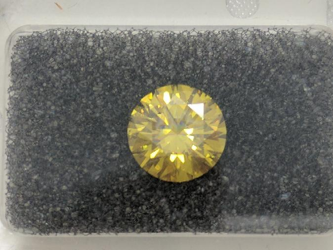 Diamond 1.59 CT. 0.32g