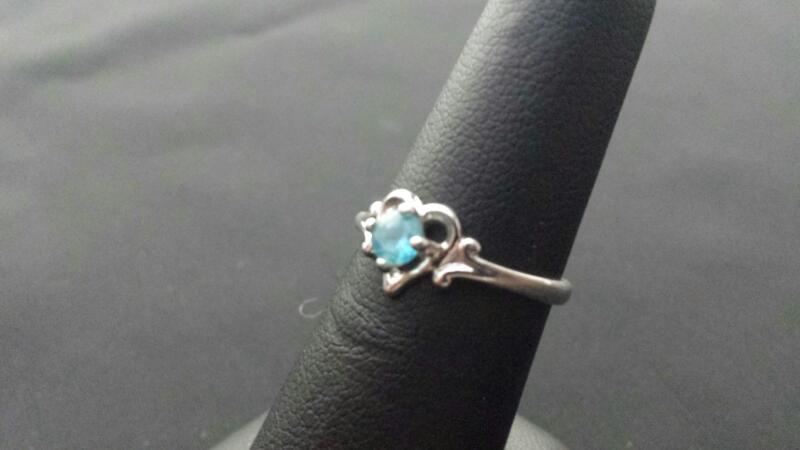 Blue Topaz Lady's Silver & Stone Ring 925 Silver 1.5g
