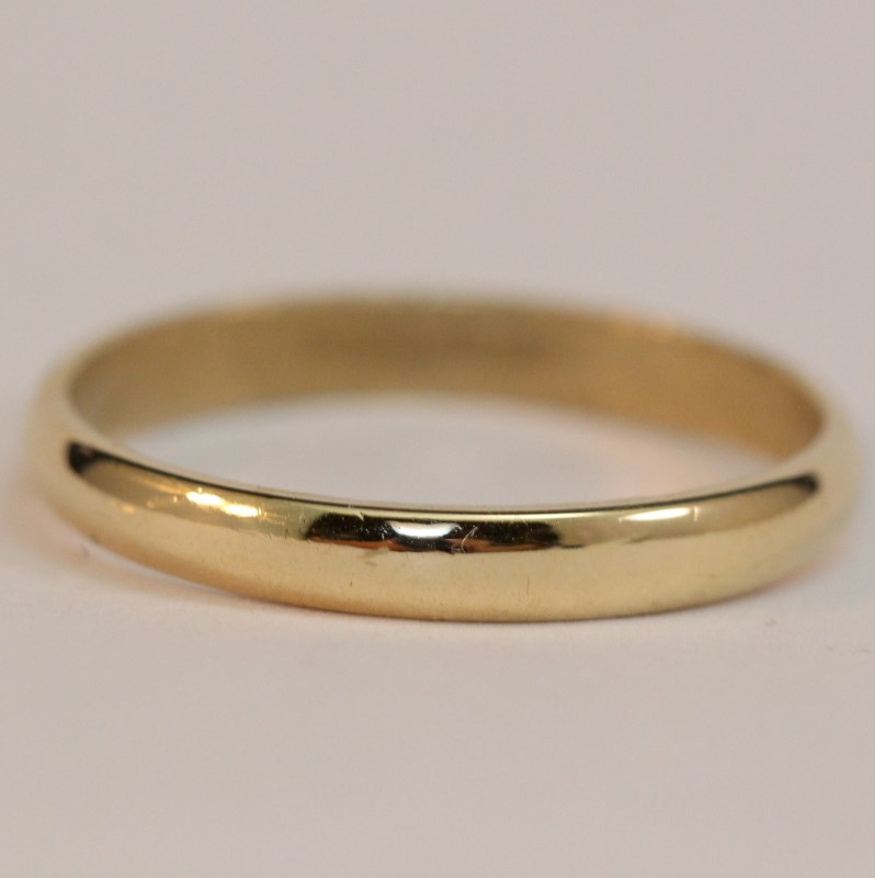 Gent's 14K Yellow Gold Wedding Band Size 11.75