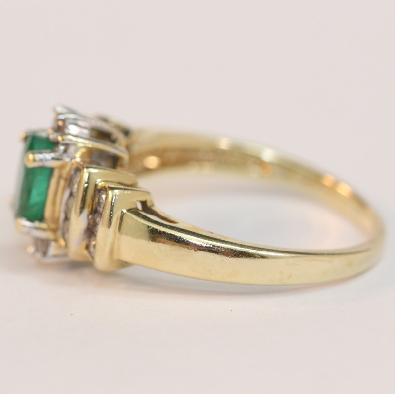 Vintage Inspired 14K Yellow Gold Emerald and DIamond Ring Size 7.5