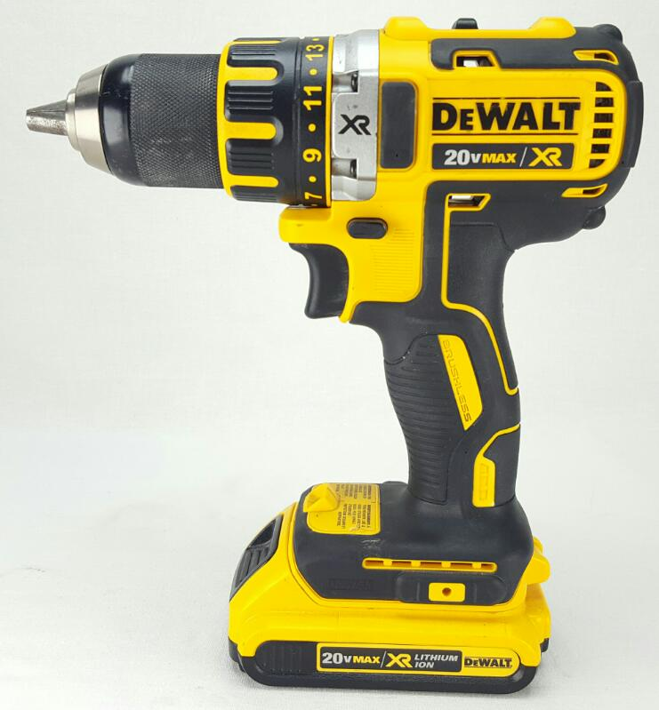"DEWALT 20v 1/2"" Cordless Drill Driver DCD790D2"