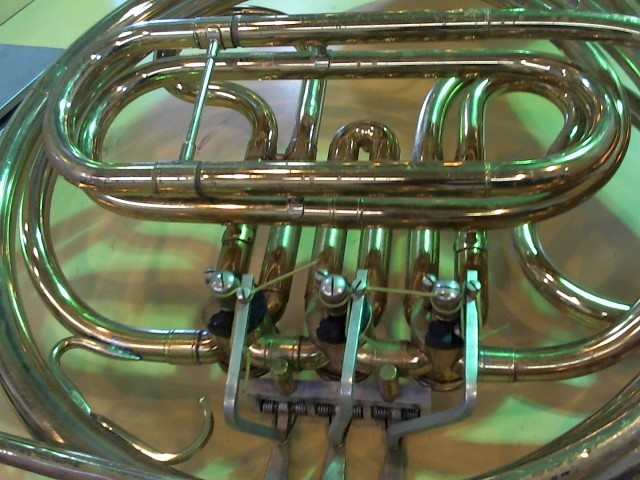 KING INSTRUMENTS French Horn 618