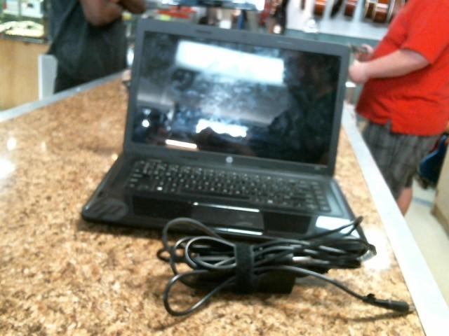 HEWLETT PACKARD Laptop/Netbook 2000-2D29WM