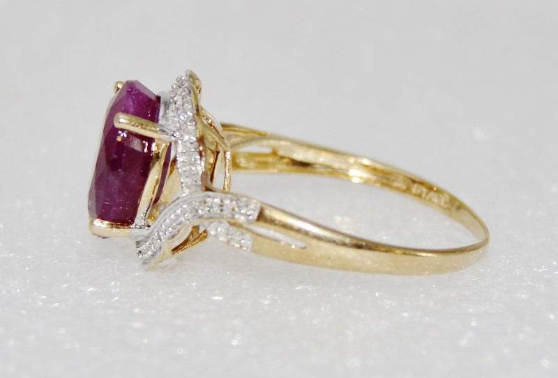 10K Yellow Gold Bypass Oval Natural Indian Ruby & Diamond Cocktail Ring DYACH
