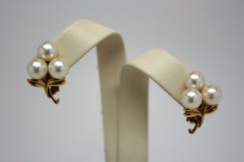 FASHION STYLE PEARL CLIP ON EARRINGS 14K YELLOW GOLD