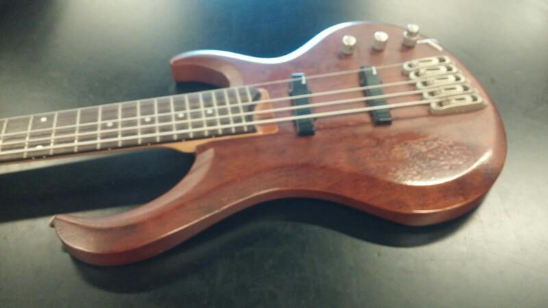 IBANEZ Bass Guitar BTB