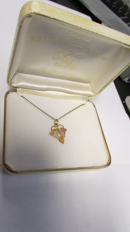 BLACK HILLS GOLD CREATIONS GOLD NECKLACE 10K Yellow Gold 1.5g
