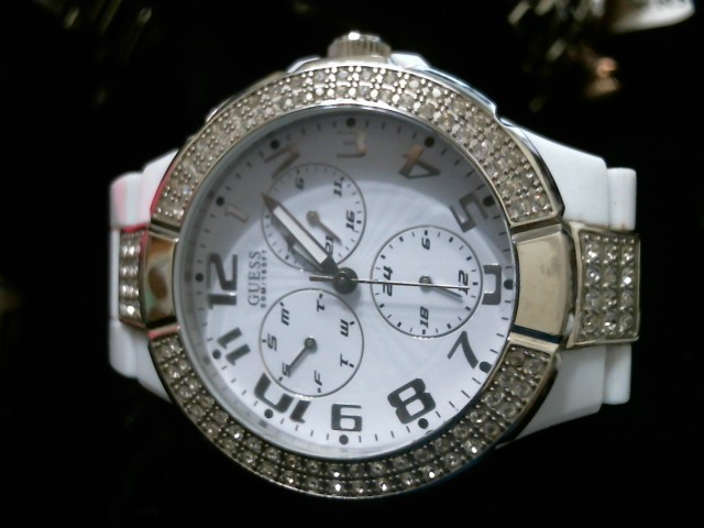 GUESS Lady's Wristwatch U11622L3