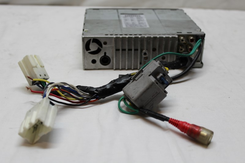 ALPINE ELECTRONICS Car Audio CDA-9811 (2003)