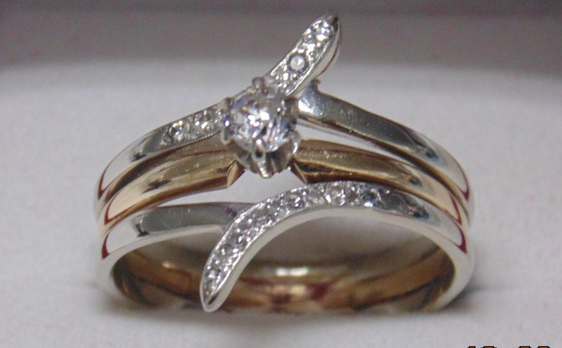 SOLDERED TWO TONE WEDDING SET APX.41CTW 14K 4.6G SZ.9