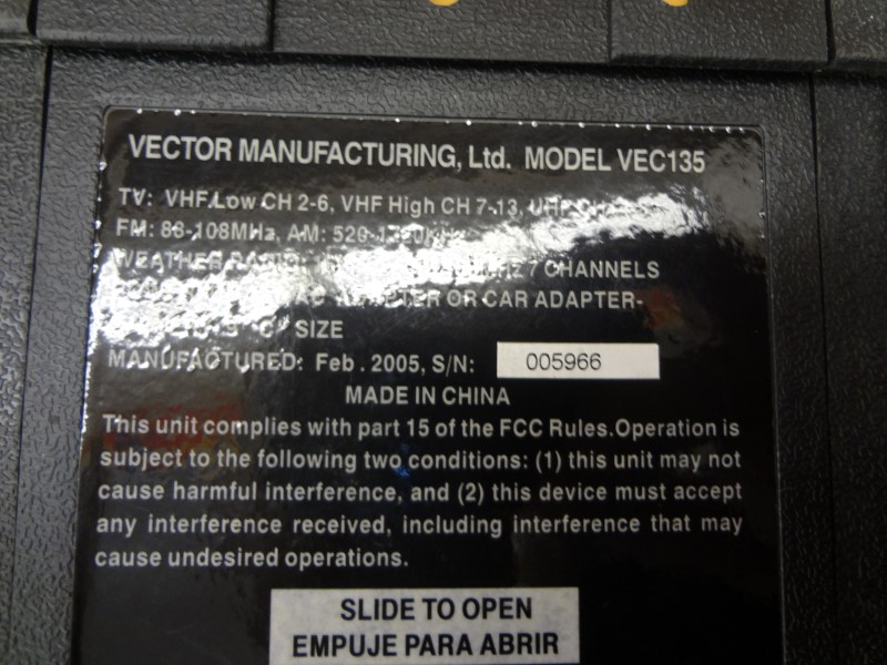 VECTOR VEC135 TV/AM/FM TOUGH BRITE STORM TRACKER **NO CHARGER**
