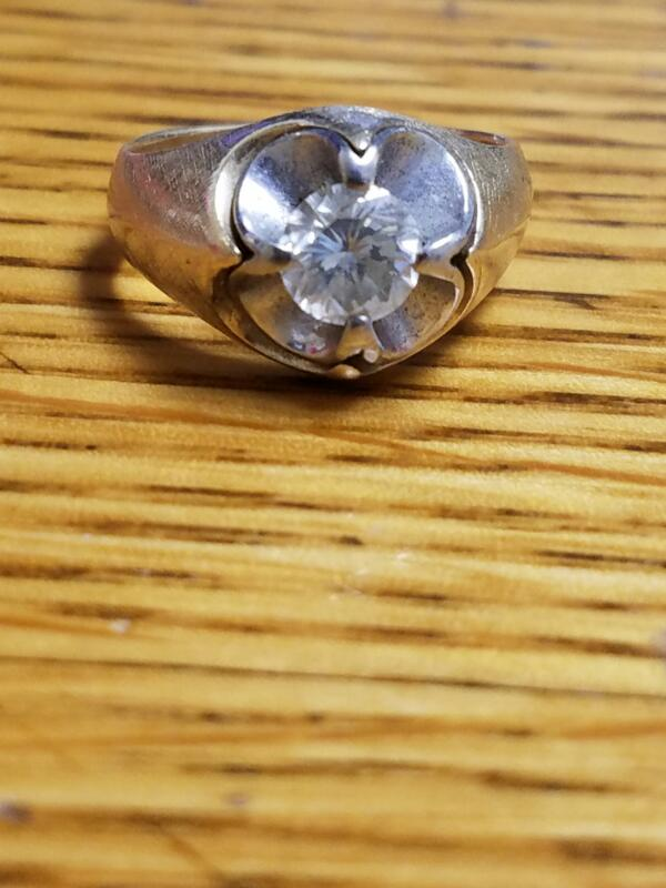 Gent's Diamond Solitaire Ring 1.00 CT. 10K Yellow Gold 9.2g