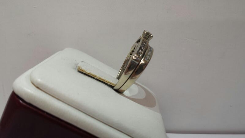 14k White Gold Ring Set wtih 20 Diamonds .46ctw - 3.2dwt - Size 5.5