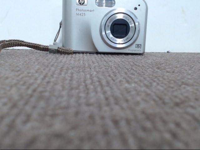 HEWLETT PACKARD Digital Camera PHOTOSMART M425