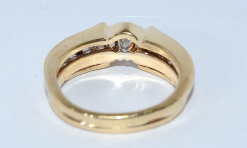 14K Peg Head Channel Diamond Wedding Set Size 6