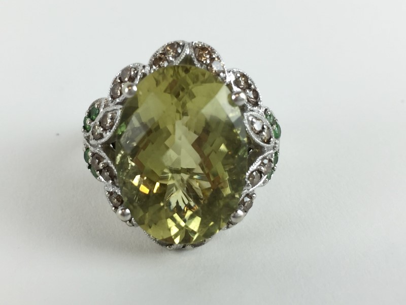 Topaz Emerald & Diamond Ring w 24 Diamonds .48 Carat T.W.
