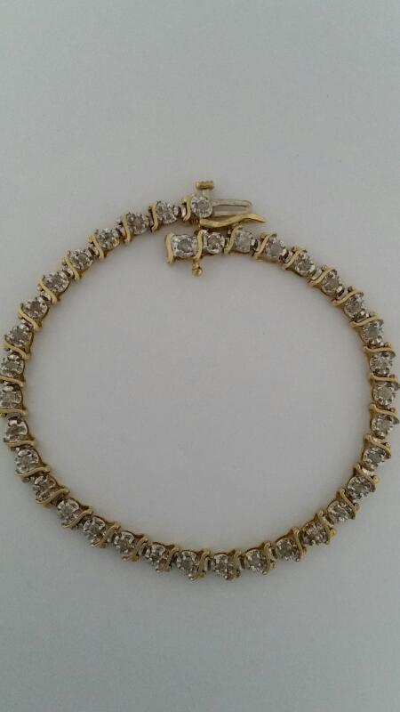 Gold-Diamond Bracelet 36 Diamonds 1.08 Carat T.W. 10K Yellow Gold 7.29g