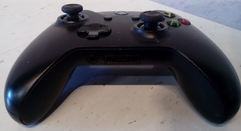 MICROSOFT XBOX ONE WIRELESS CONTROLLER 1697