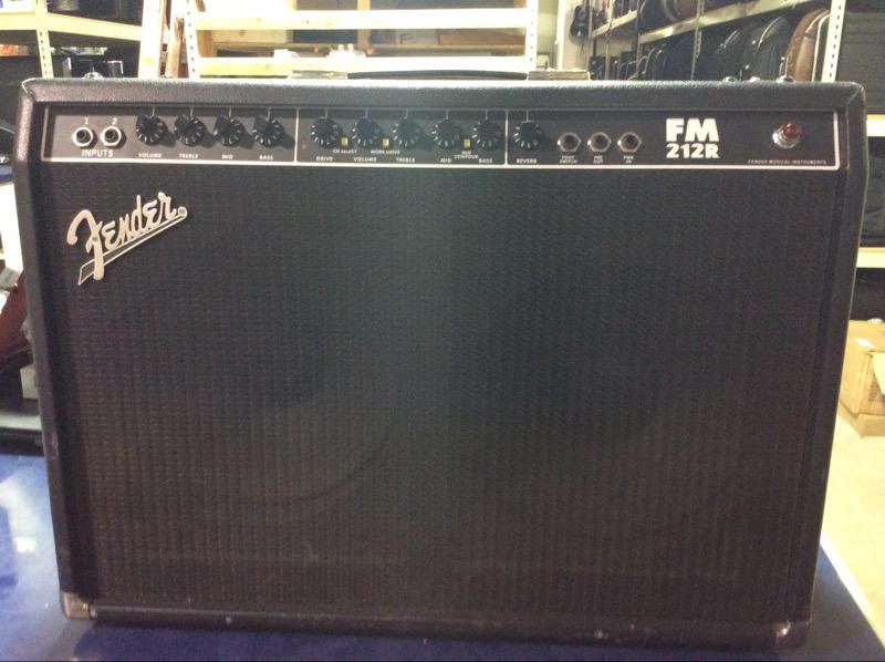 FENDER Electric Guitar Amp FM212R
