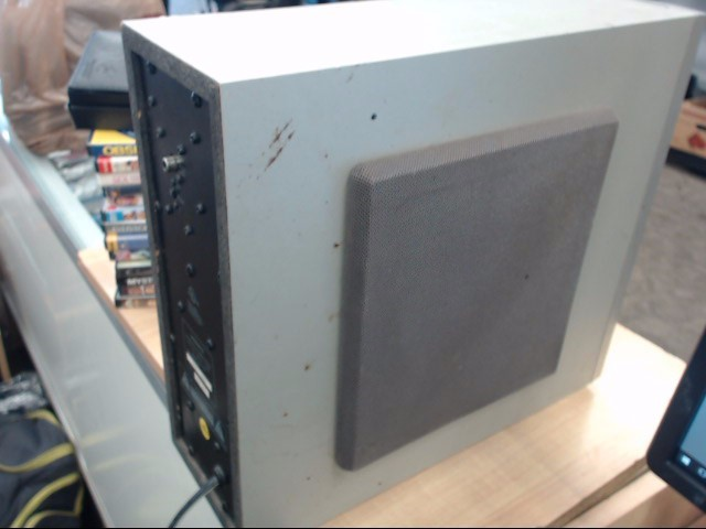 MAGNAVOX Surround Sound Speakers & System SW20017S
