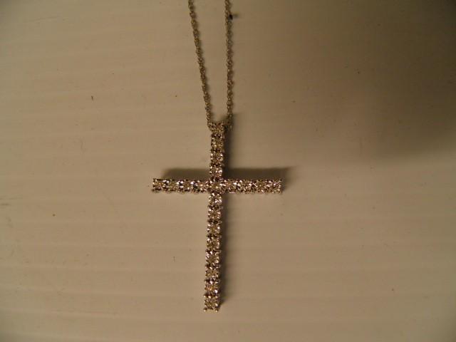 Gold-Multi-Diamond Pendant 21 Diamonds .84 Carat T.W. 14K White Gold 3.1g