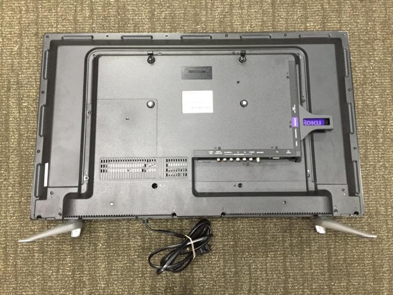 HITACHI Flat Panel Television LE32E6R9