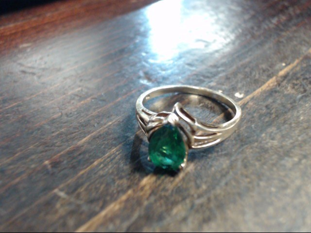 Green Stone Lady's Stone Ring 14K Yellow Gold 2.1g Size:8