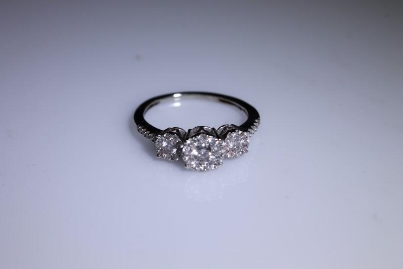 Lady's Diamond Engagement Ring 30 Diamonds .30 Carat T.W. 14K White Gold 2g