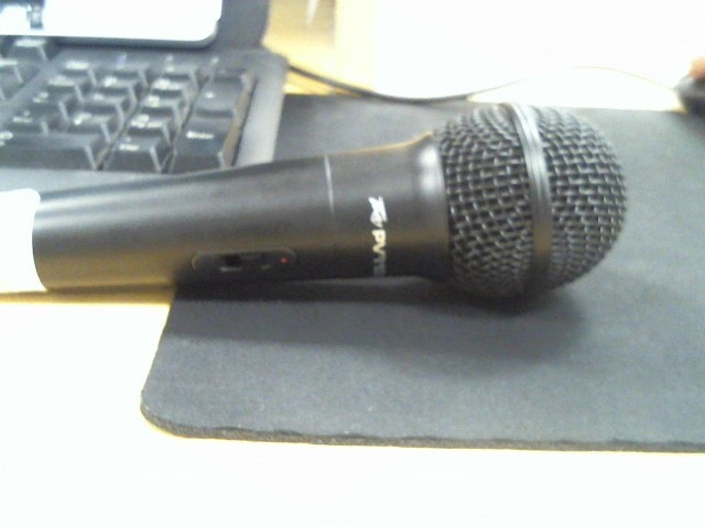 PEAVEY Microphone MIC & CABLE PV I100