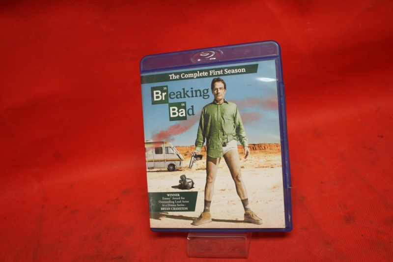 Breaking Bad: The Complete First Season (Blu-ray Disc, 2010, 2-Disc Set)
