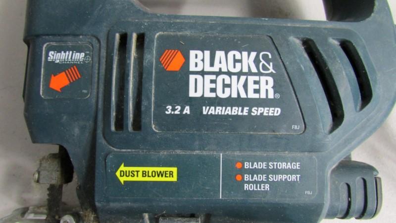 BLACK AND DECKER JS200 JIGSAW
