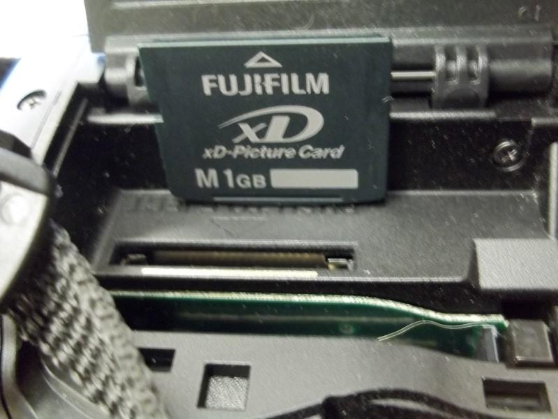 FUJIFILM FINEPIX S9100 9MP, 10.7 OPTICAL