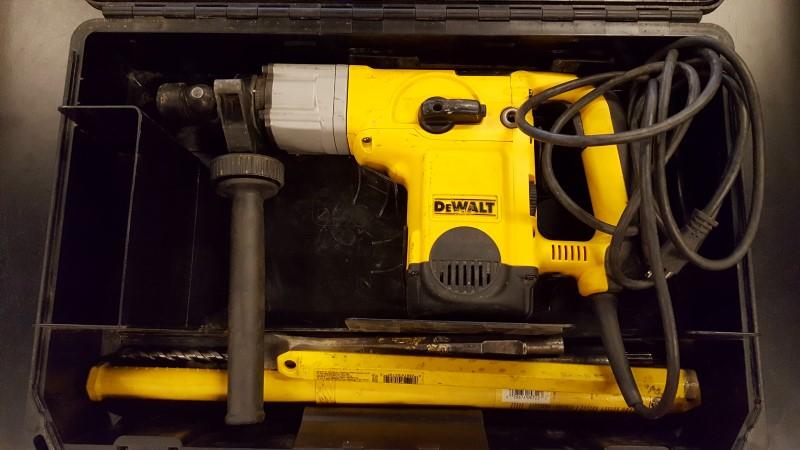 DEWALT Corded Drill DW25650