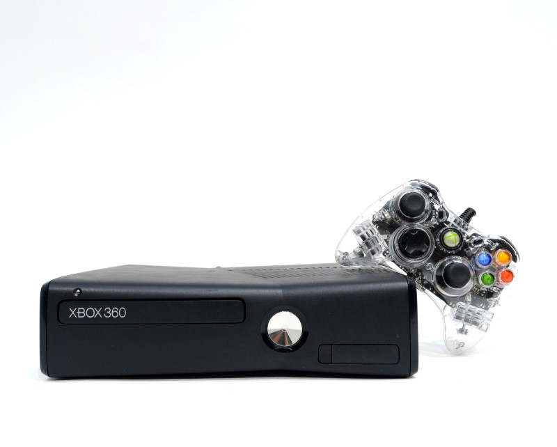 Microsoft Xbox 360 S 1439 Console 4GB Video Game System Bundle>