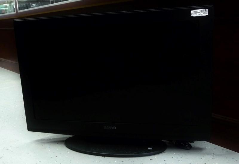 """SANYO DP32649 32"""" Flat Panel Television"""