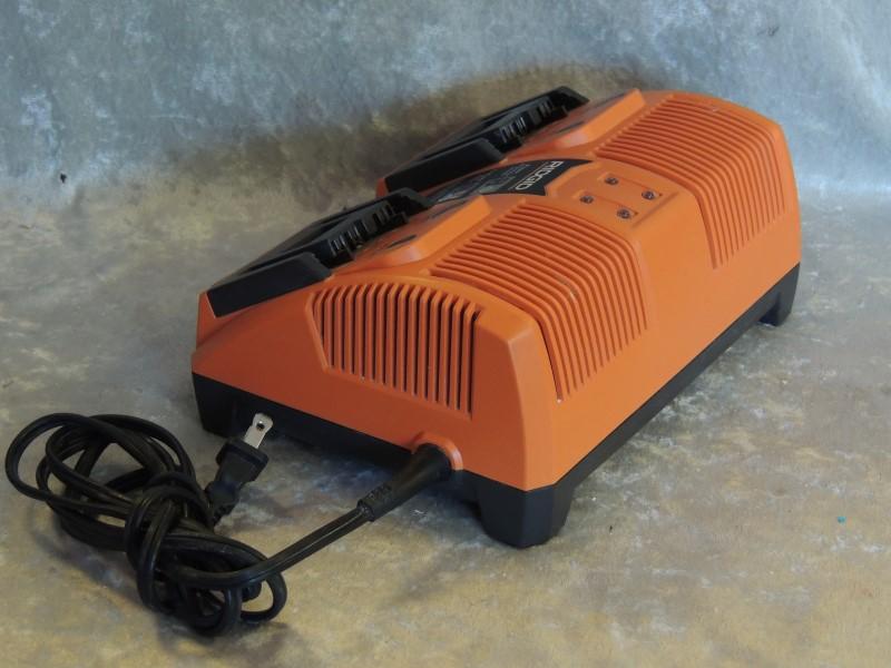 RIDGID BATTERY CHARGER 140276004 RAPID MAX TWIN 9.6V / 12V / 14.4V / 18V